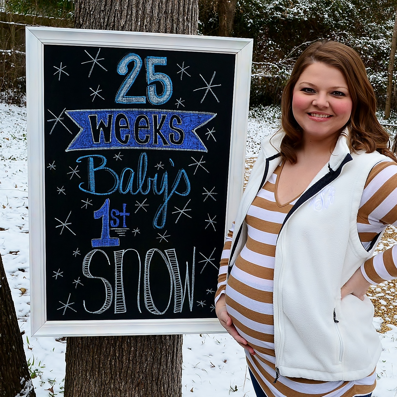 Pregnancy Chalkboard: 25 Weeks Baby's First Snow